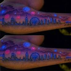 20 Magnifiques Tatouages A L Encre Uv Invisibles 2017
