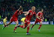 Bayern Dortmund - bayern munich edges borussia dortmund in chions league