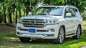 2016 Toyota Land Cruiser ZX Detailed Review  Specs