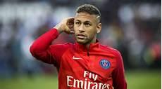 Nach Schiri Beleidigung Uefa Gibt Sperre F 252 R Neymar