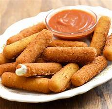 stick de mozzarella mozzarella sticks with marinara sauce