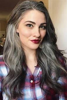 salt and pepper hair styles for woman how to get and take care of the salt and pepper hair trend