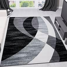tappeto moderno design nero grigio bianco pelo corto