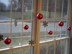 Decorations For Windows 7 festive decorations to hang in your windows for the holidays