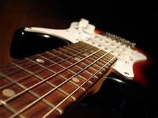 Easy Electric Guitar Songs For Beginners Theguitarlesson