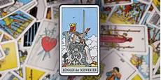 Königin Der Schwerter - quot k 246 nigin der schwerter quot im tarot klugheit ideen viversum