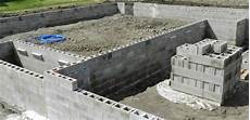 Concrete Block Or Precast Concrete Foundation Home