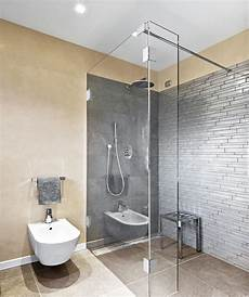 duschwanne oder fliesen begehbare bodengleiche dusche der duschenmacher