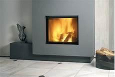 foyer pour cheminee bois chemin 233 e 224 bois foyer ferm 233 energies naturels