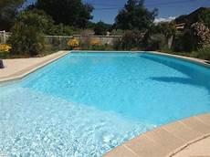 villa avec grande piscine priv 233 e et s 233 curis abritel