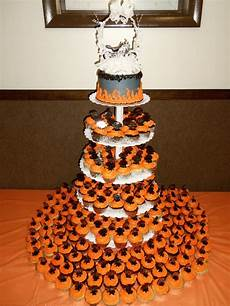Harley Davidson Wedding Theme by Harley Davidson Cupcake Wedding Cake By Nancy K Great