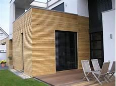 gartenhaus aus lärchenholz fassadenverkleidung holz aussen fassadenverkleidung holz