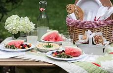 tips tricks and ideas for packing the picnic