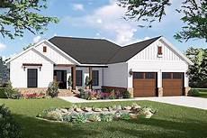 ranch style house plan 45467 ranch home plan 3 bedrms 2 baths 1600 sq ft 141 1316