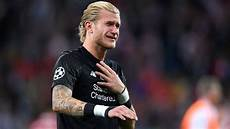 loris karius liverpool s loris karius suffered concussion in chions