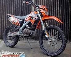 Modifikasi Klx 150 by 15 Gambar Modifikasi Kawasaki Klx 150 Dan D Tracker 150