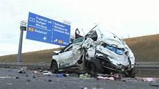Autobahn A3 Unfall Heute - 131228 a3 schwerer unfall am stauende