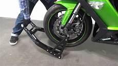 bequille arriere moto comment utiliser la b 233 quille avant constands pour des