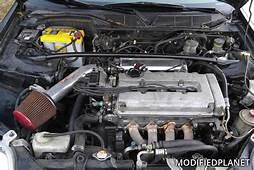 2000 Honda Civic Si Engine Bay With Injen Short Ram Air Intake