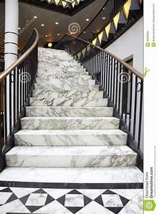 Escalier De Marbre Blanc Dans L Int 233 Rieur De Luxe Photo