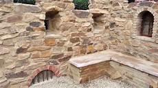 steinmauer selber machen gartenmauer mit dem charme einer ruine