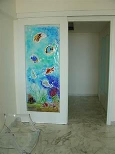 vetrate artistiche per porte interne porta con vetrofusione realizzazione quot acquario quot porte