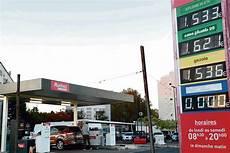 pétition contre la hausse des carburants la col 232 re monte contre la hausse des prix du carburant