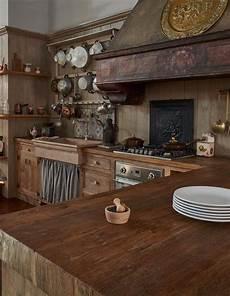 cucine francesi arredamento arredamento realizzata in legni antichi di prima patina