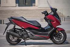 honda forza 125 vitesse max essai honda forza 125 2019 encore plus haut de gamme scooter