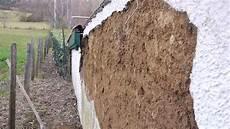 mur en crepis d 233 g 226 ts de l humidit 233 sur les murs en pis 233