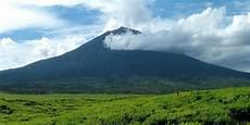 7 Gunung Berapi Tertinggi Di Indonesia Merdeka