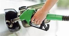 Total Excellium Pour V 233 Hicules Essence Et Diesel Total