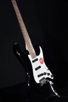 squier deluxe rails strat squier by fender deluxe stratocaster rails black electric guitar streetsoundsnyc