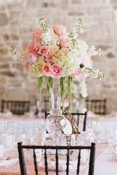vintage hochzeit tischdeko blumen hortensien