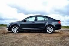 skoda octavia 1 6 tdi 2014 skoda octavia 1 6 tdi se uk road test review