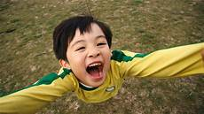 kinder lachen zehn f 228 higkeiten was erwachsene von kindern lernen k 246 nnen