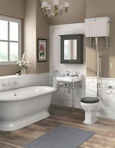 Bathroom Ideas Classic by Best 25 Traditional Bathroom Ideas On Shower