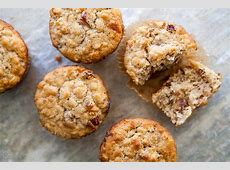 oatmeal date muffins_image