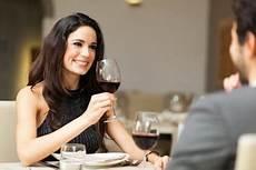 erfolgreich ins speed dating mit den richtigen fragen