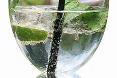 aperol spritz kalorien schlank trotz wein hilft alkohol beim abnehmen