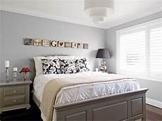 Schlafzimmer Streichen Grau - light grey paint for bedroom 5 small interior ideas