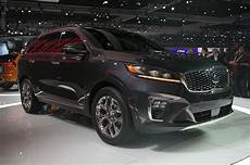 2019 kia sorento look fresher and safer motortrend