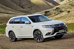 2017 Mitsubishi Outlander PHEV Review First Drive
