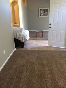 brown living room colors that go withcolors that go with dark brown carpet living room cbrn