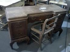 shabby chic schreibtisch handpainted furniture shabby chic vintage painted