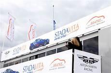 schnellste runde nürburgring vln 7 aston f 228 hrt schnellste runde bratke exclusive cars
