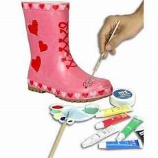 wasserfeste farbe aus kleidung entfernen gummistiefel bemalen mit wasserfesten farben in gr 246 223 en 23