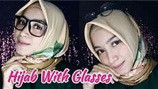 40 Trend Terbaru Model Untuk Wanita Berkacamata