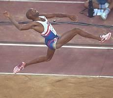 record du monde du saut en longueur mike powell plus vite que les balles by minist 232 re a m e r