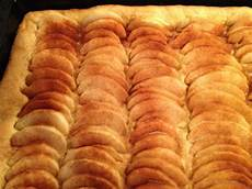 apfelkuchen mit hefeteig 365 rezepte every day a new meal zwei mal apfelkuchen